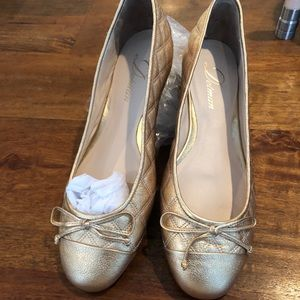 Ballet flat by Delman size 7.5. Brand new. Gold